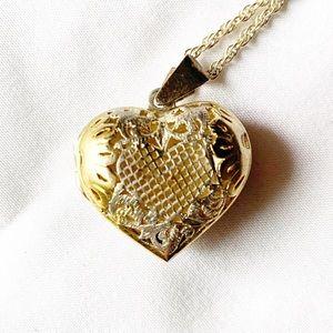 Women Vintage Gold Locket Necklace on Poshmark